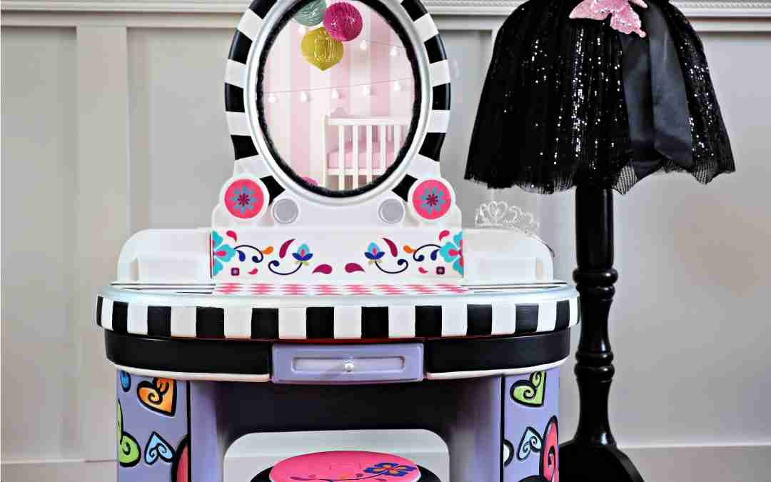 Whimsical Makeover of a Plastic Playset – Easy for Beginners!